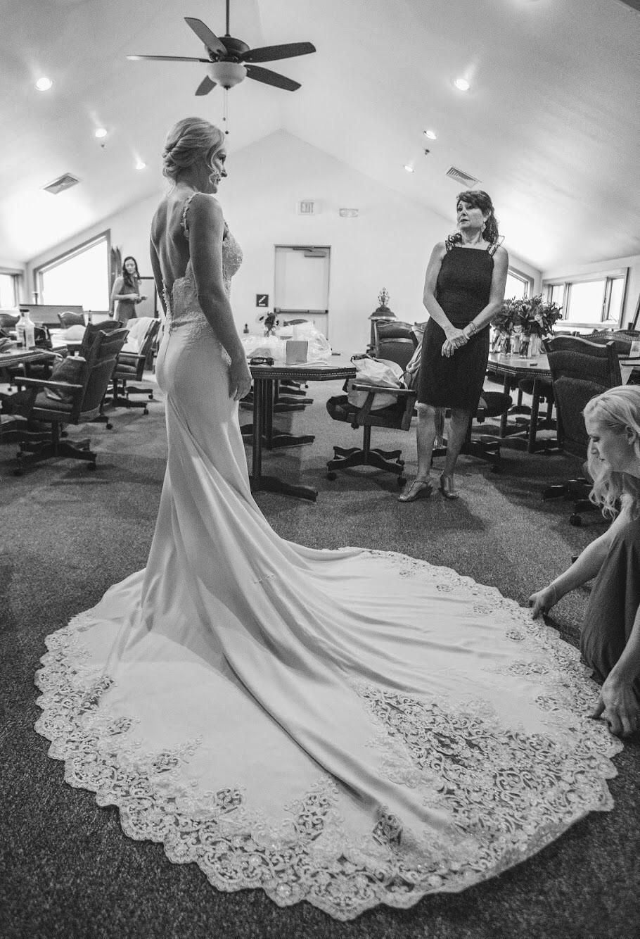 Martina liana 753 preowned wedding dress on sale for How much are martina liana wedding dresses