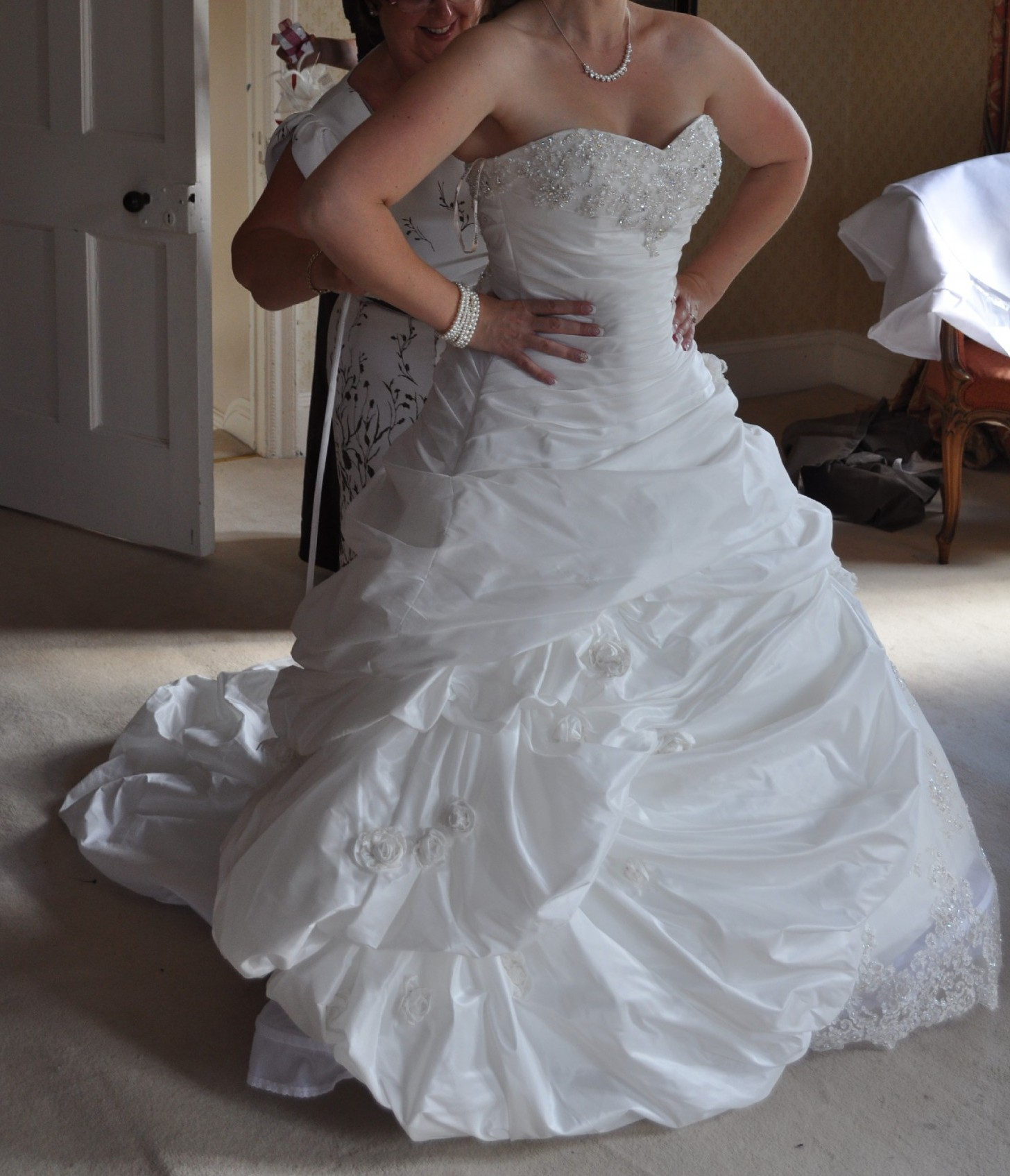 Maggie Sottero SaBelle PreOwned Wedding Dress on Sale 60% Off