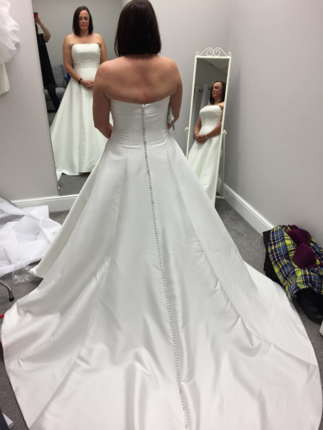 Alfred Angelo, Mikado