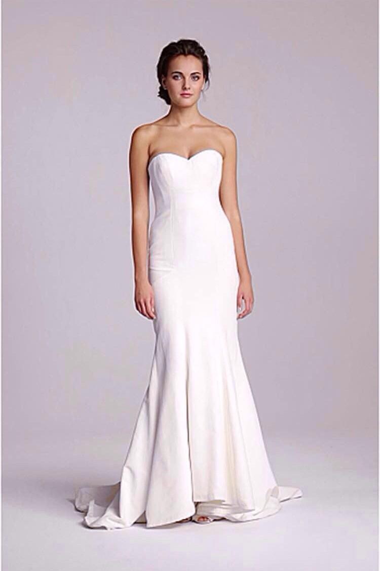 Nicole miller dakota new wedding dress on sale 25 off for Nicole miller beach wedding dress