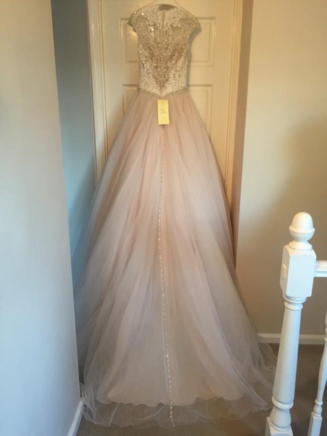 Allure Bridals, 9126