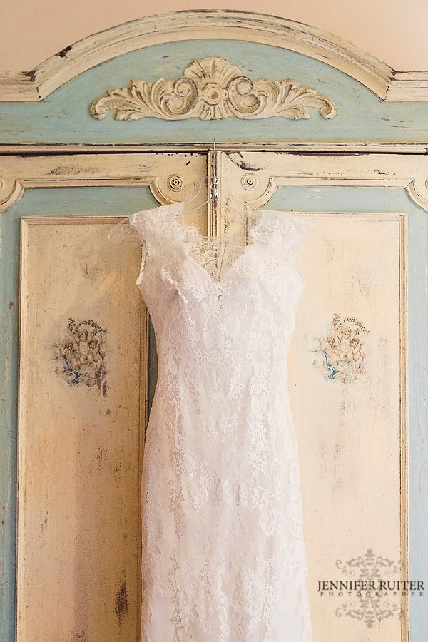Allure Bridals, 9068