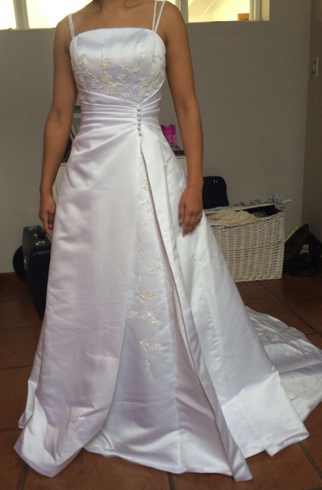 Christian michele second hand wedding dress on sale 80 off for Christian michele wedding dress