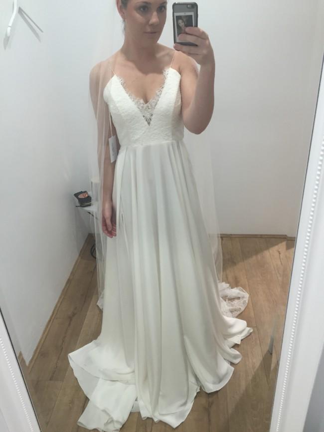 Rue de seine mackenzie second hand wedding dress on sale for Rue de seine wedding dress cost