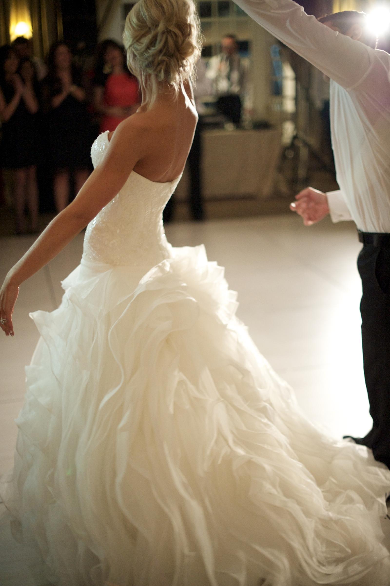 San patrick hannaly second hand wedding dress on sale 42 off for Second hand wedding dresses san diego