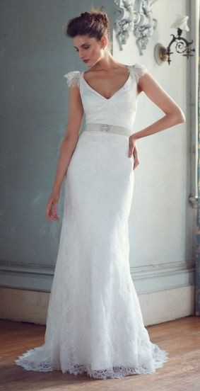 Karen Willis Holmes Dakota With Rachel Lace And Detailing Wedding Dress On Sale 54 Off