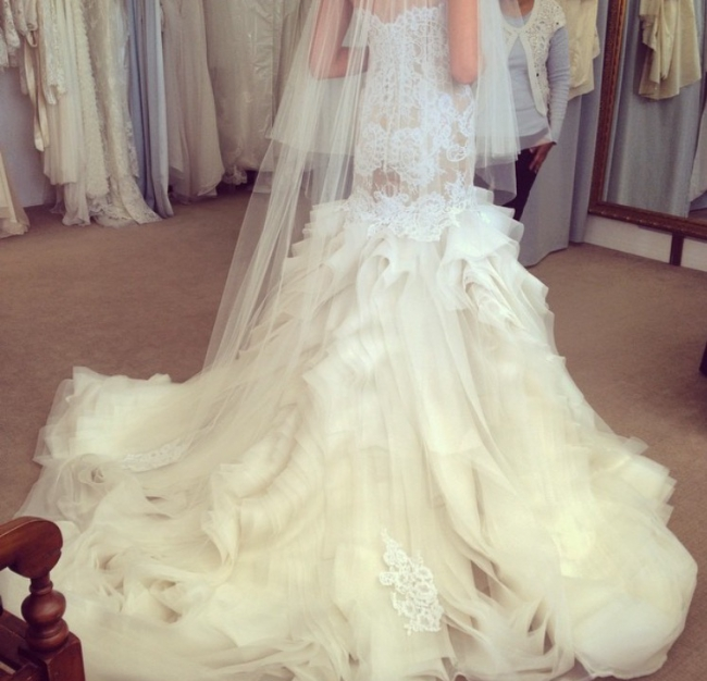 J Aton Couture 10 000 Size: Second Hand Wedding Dresses