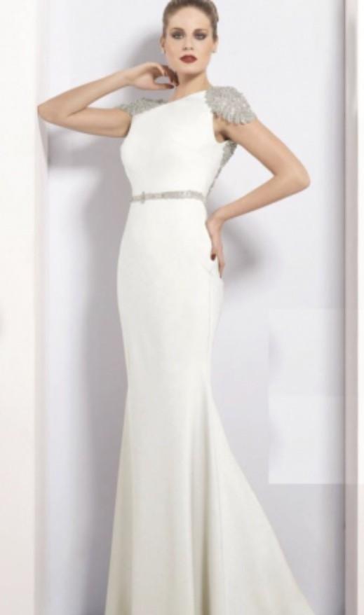 Tarik Ediz 92057 Second Hand Wedding Dress on Sale 56% Off - Stillwhite