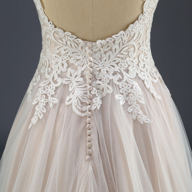 Isabella Couture, UK3001