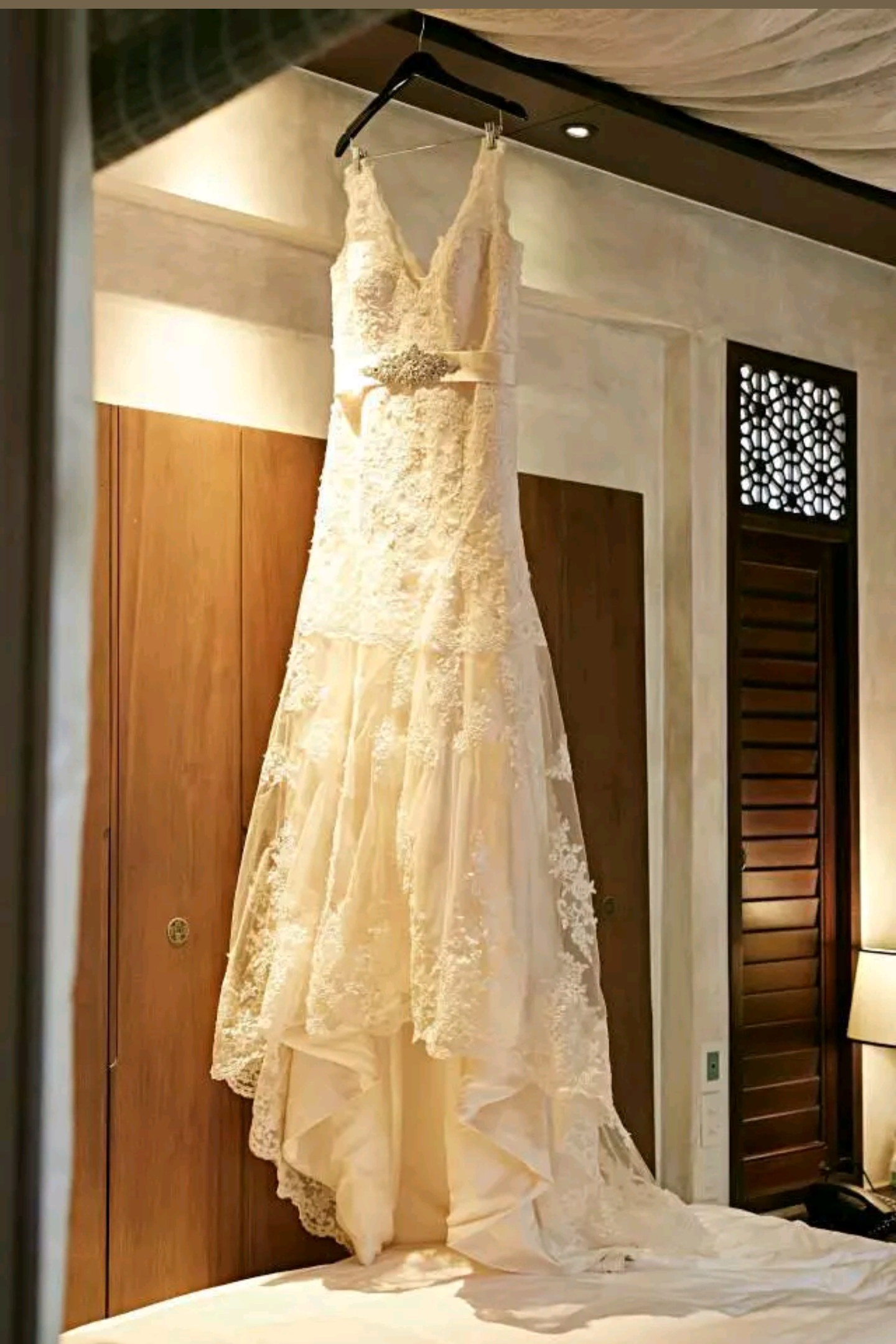 Fit flare used wedding dress on sale 70 off for Used wedding dresses victoria bc