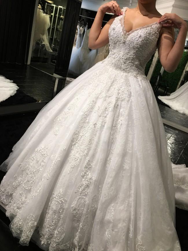 Demetrios, Claudette gown
