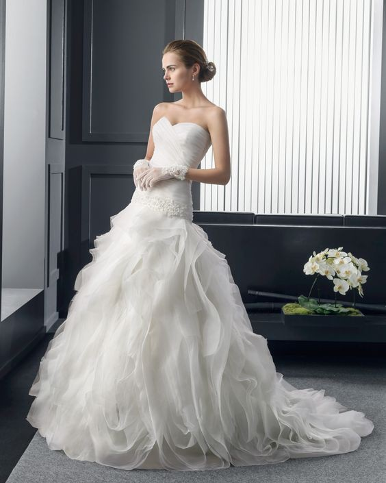 Rosa Clara Roland Second Hand Wedding Dress On Sale