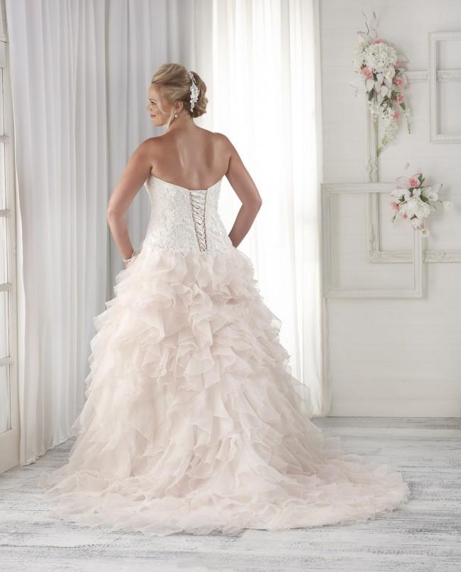Bonny Bridal, Fit & Flare
