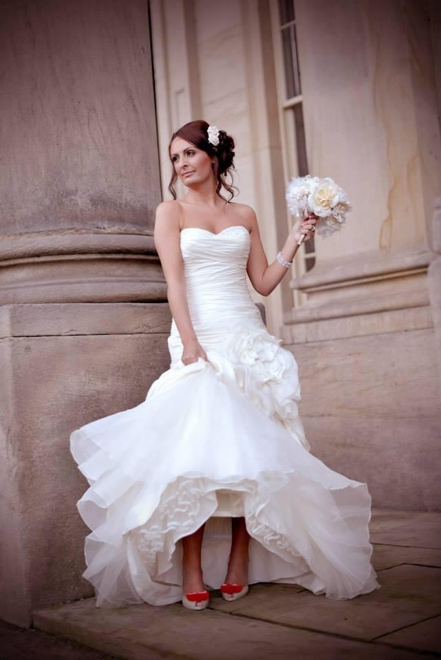 Ian stuart wedding dress cost