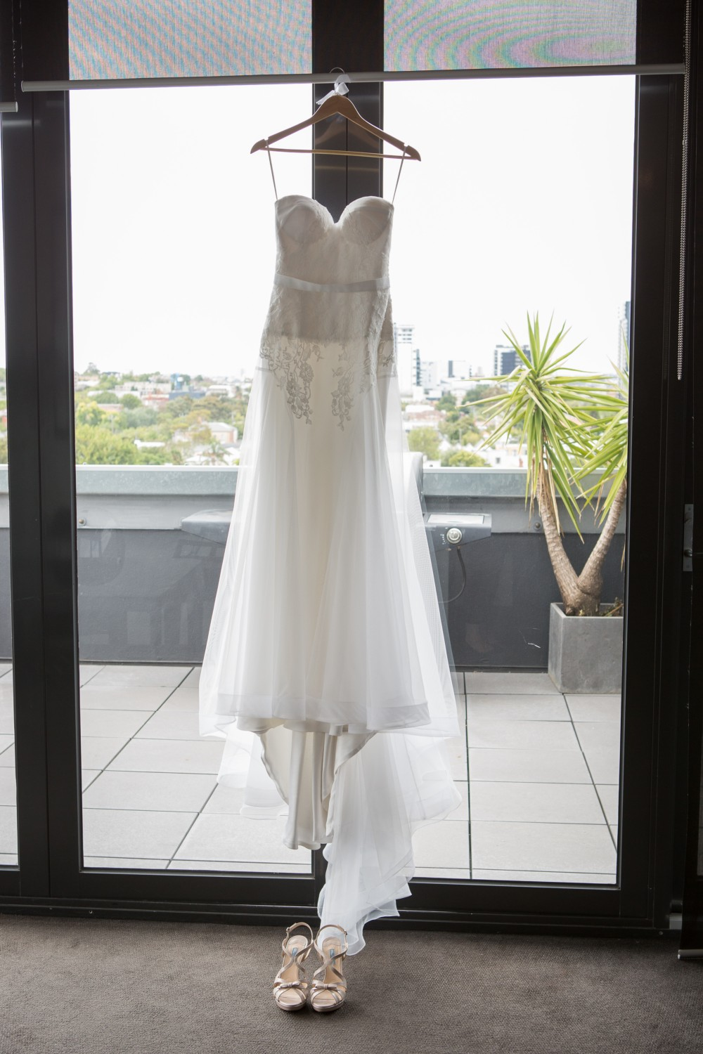 One day bridal second hand wedding dress on sale 50 off for Second hand wedding dresses for sale