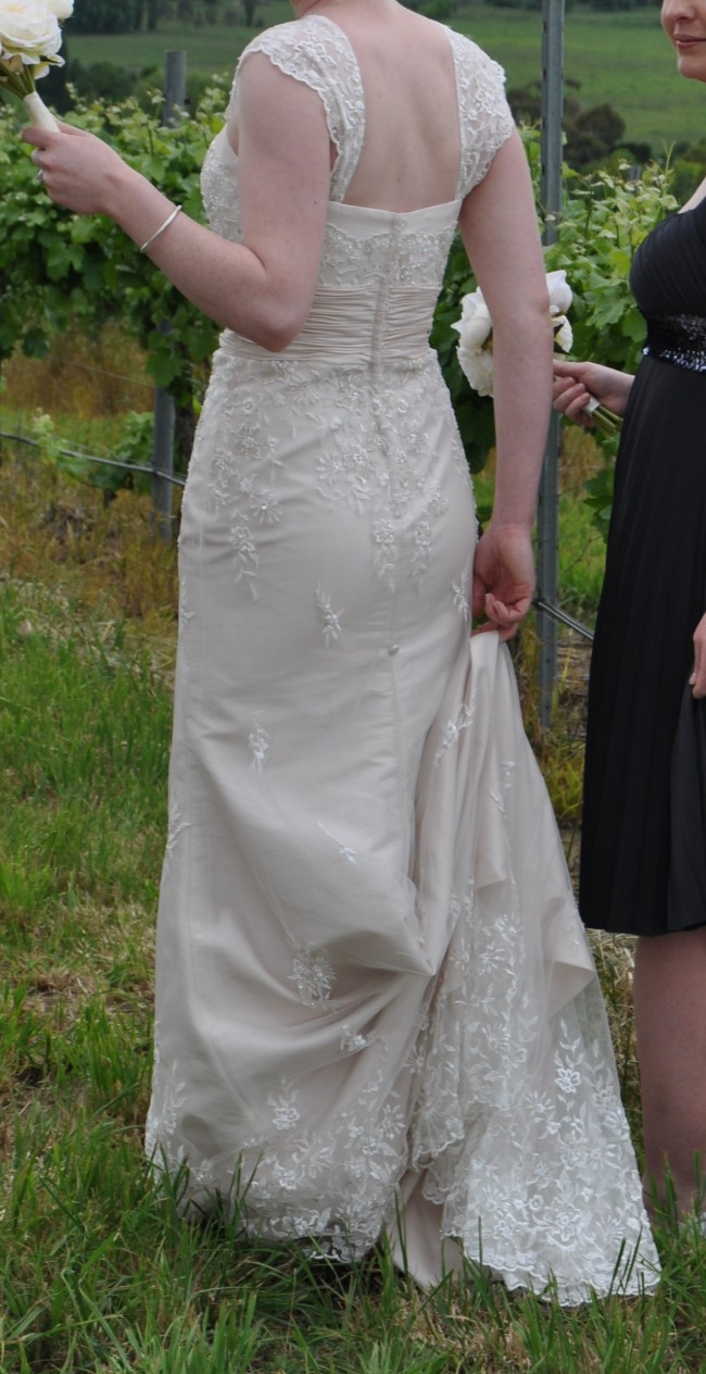 Brides by mancini belle second hand wedding dress on sale for Second hand wedding dresses near me
