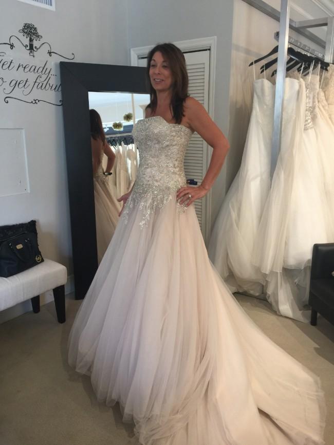 San patrick shrry sample wedding dress on sale 46 off for Wedding dress sample sale san francisco
