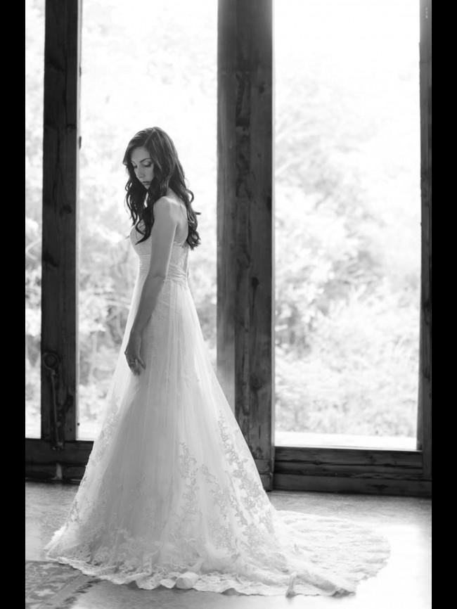 Essense Of Australia D1266 Second Hand Wedding Dresses