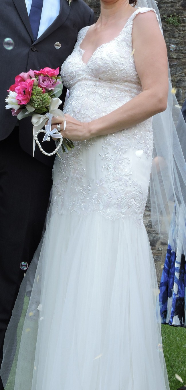 Anna Campbell Gossamer Collection Used Wedding Dress on Sale 57% Off