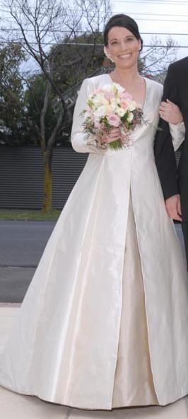 Linze Custom Made Used Wedding Dress on Sale 65% Off - Stillwhite