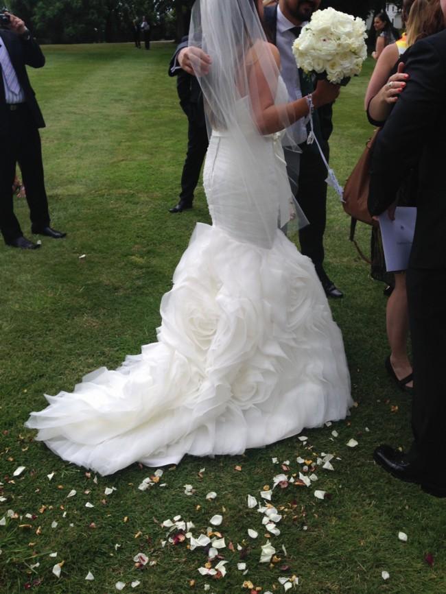 Vera wang inspired second hand wedding dress on sale 77 off for Second hand vera wang wedding dress