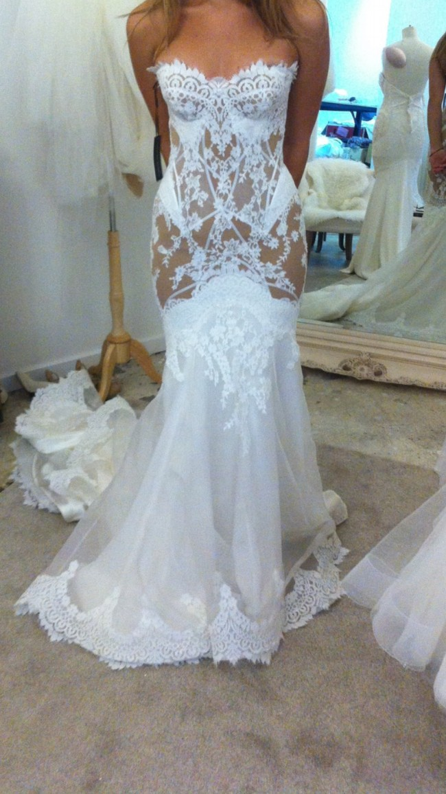 Leah da gloria custom second hand wedding dress on sale 37 for Leah da gloria wedding dress cost