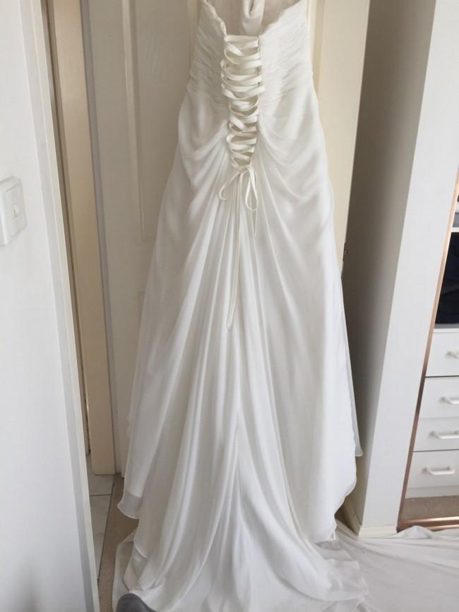 Lu Elle Bridal Wedding Dress On Sale 56 Off