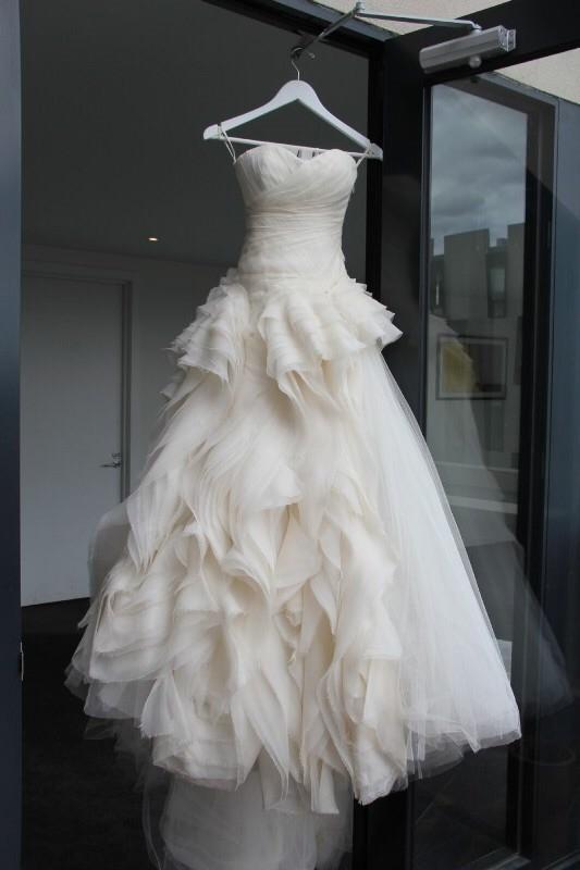 Vera wang diana second hand wedding dress on sale 71 off for Second hand vera wang wedding dress