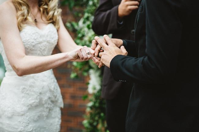 Pronovias san patrick serilda second hand wedding dress for Second hand wedding dresses san diego