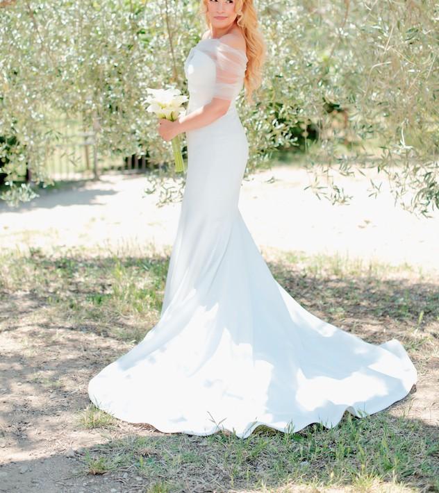 Vera Wang Jocelyn Second-Hand Wedding Dress on Sale 40% Off