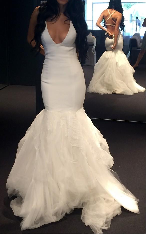 Vera wang amalia second hand wedding dress on sale 62 off for Vera wang wedding dresses on sale